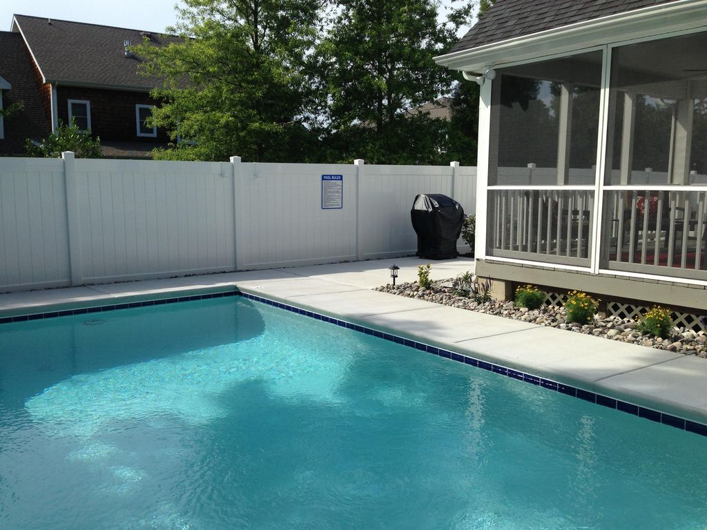 Merveilleux Canal Corkran House Rental   Private Pool , Screened Porch, Patio And Gas  Grill