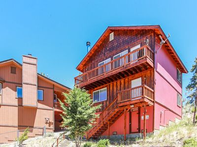Ben's Cool Cabin - FREE Ski/Board Rental! - 3BR/2.5BA/WiFi/Direct TV/Forest View