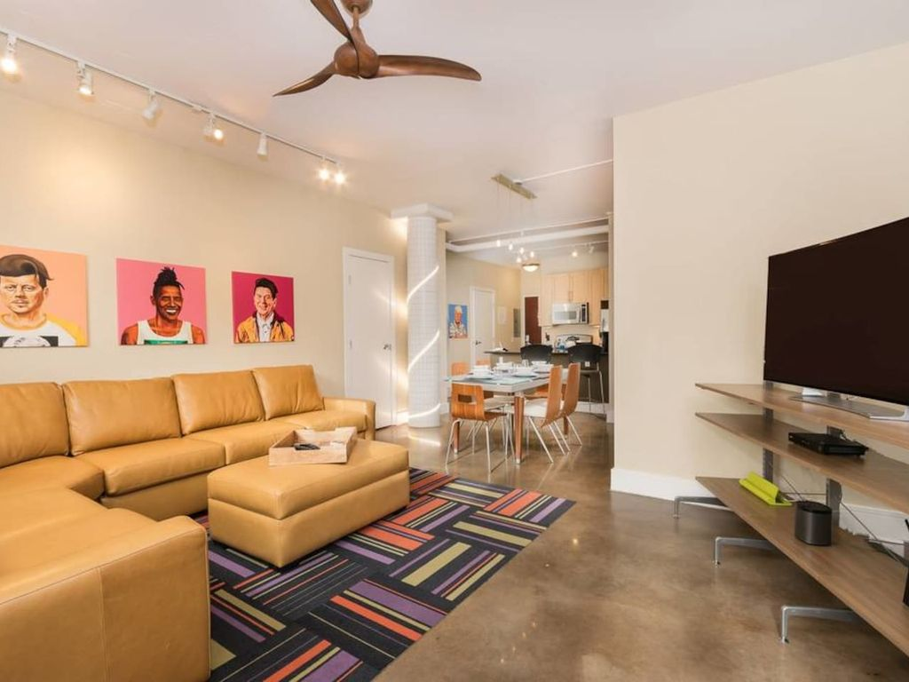 George washington 39 s hipster twin slept he vrbo for Appart hotel washington
