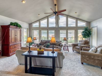 Photo for Beautiful home w/ deck, shared pools, tennis, & game room