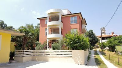 Photo for Holiday apartment with Internet, air conditioning and 2 bathrooms