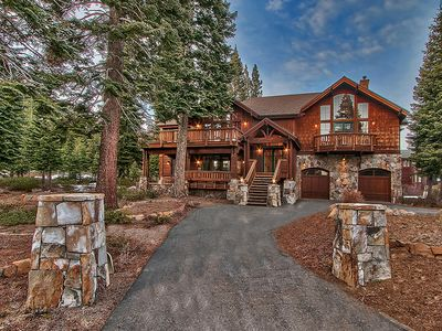 Photo for Crickhollow - Gorgeous Lodge-style 4 BR Luxury Home with Hot Tub