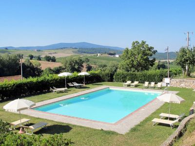 Photo for Vacation home Podere Cignanrosso (CTC254) in Castellina in Chianti - 6 persons, 2 bedrooms