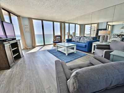 Photo for Edgewater 2 BR Gulf Front.***Sleeps 8!