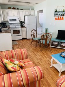 Fully equipped kitchen with washer/dryer and dishwasher.