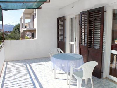 Photo for One bedroom apartment with terrace Stari Grad, Hvar (A-5724-e)
