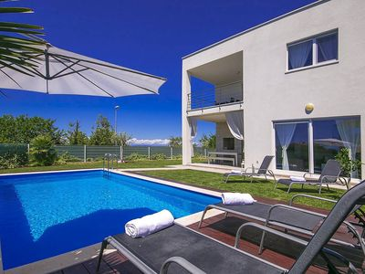 Photo for Holiday house Novigrad for 6 - 8 persons with 3 bedrooms - Villa