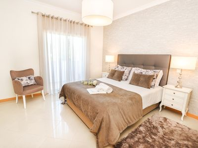 Photo for Luxury Flat, 5min Albufeira OldTown |Pool|WIFI|AC