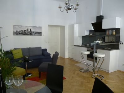 Photo for Charming Viennese Apartment near City Centre