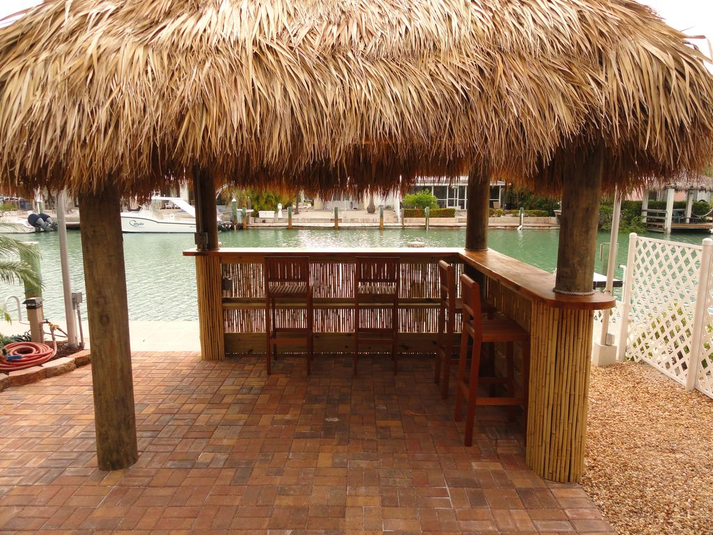 Property Image#20 East Facing, Beautiful Waterfront Property, Relaxing Patio  And Tiki By