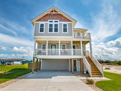 Photo for Signature Series 5 Bedroom in Heart of Kitty Hawk and close to Beach