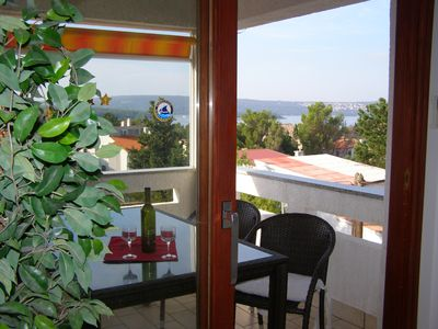 Photo for PANORAMA, 100 m from the water, 2 terraces with sea views, modern and bright