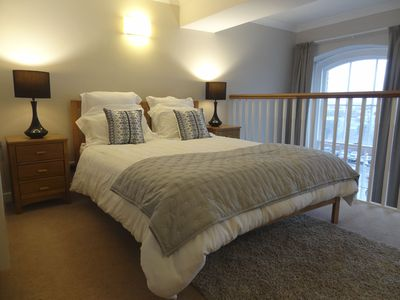 Photo for Family-friendly three bed flat in central York. Walking distance to everything.
