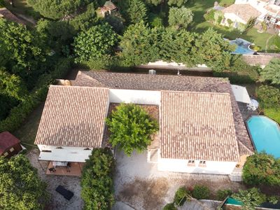Photo for Spacious villa with private pool, just 2 km from the famous Pampelonne beaches