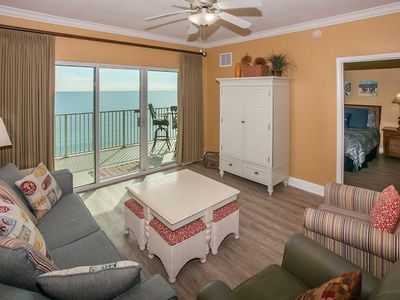 GREAT LOCATION, FAMILY FRIENDLY, BEACH FRONT CONDO IN GULF SHORES