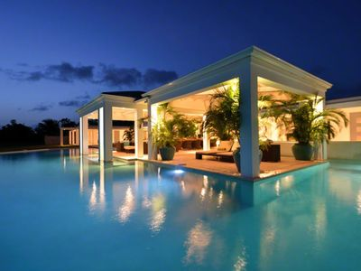 Villa Ambiance - Luxury Ocean View Villa with 4 bedrooms - wonderful pool & view