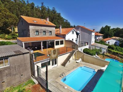 Photo for Charming, spacious house with pool and barbacue in Santiago de Compostela