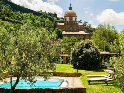 CHARMING FARMHOUSE in Cortona with Pool & Wifi. **Up to $-130 USD off - limited time** We respond 24/7