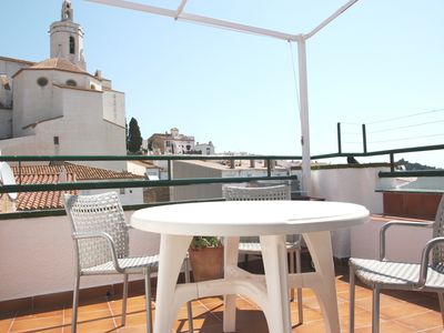 Photo for SUPER VIEW TERRACE 1 minute from the beach in Old CADAQUÉS
