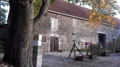 Photo for the farm has Danielle followed 20 minutes from Beaune