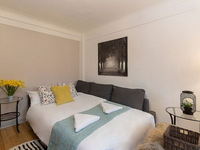 Photo for Charming Apartment Near Hyde Park & Oxford Street