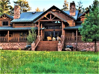 Photo for Luxurious Cabin within exclusive Hidden Meadow Ranch