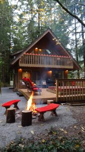 Photo for Tree-Fort Cabin Glacier, Wa (closest beds to Baker)