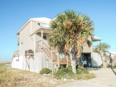 Photo for Bay Front, pet-friendly - Duplex offering boat slip