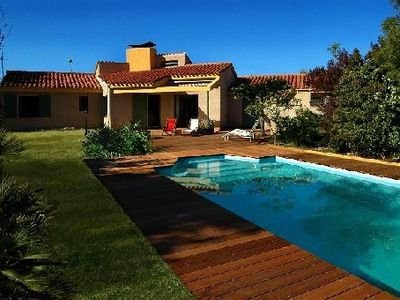 Photo for Charming, luminous house with private swimming pool and pleasure garden
