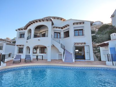 Photo for 4BR Villa Vacation Rental in Pego, Comunidad Valenciana