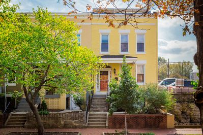 A classic federal style row house