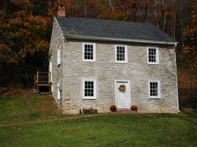 Historic Ox Bow House c.1800 The Cabin at Muddy Creek