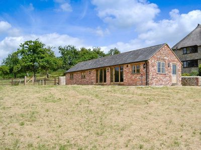 Photo for 1 bedroom property in Bettiscombe.