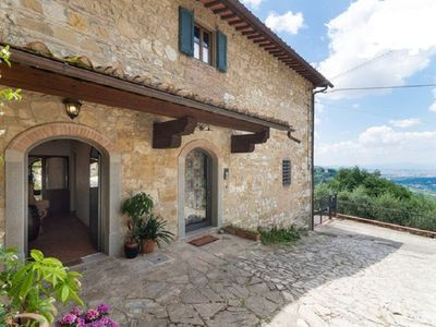 Photo for 1BR Apartment Vacation Rental in Bagno a Ripoli, Toskana