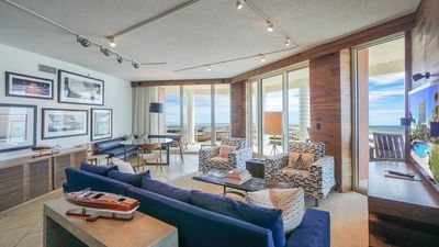Beautifully decorated Luxury Condo in Tower 3