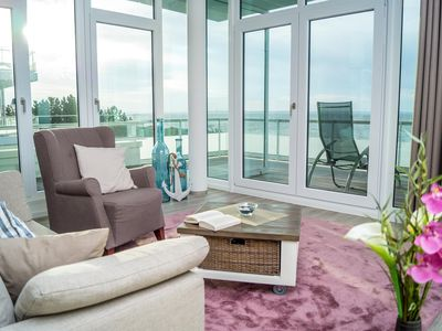 Photo for New, modern penthouse apartment close to the beach with sea views for zwe