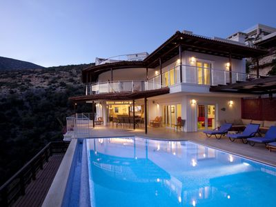 Photo for 6 Bed Villa With Private HEATED Pool And Uninterrupted Stunning Sea Views