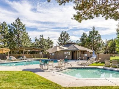 Photo for Sunriver Condo with Private Amenities! Pool, Hot Tub, Tennis Courts!