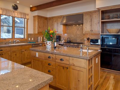 Photo for 5bd/4.5ba Granite Ridge Lodge #16: 5 BR / 4.5 BA homes and cabins in Teton Village, Sleeps 11