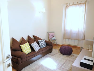 Photo for Lilla apartment in Santa Croce with WiFi & integrated air conditioning.
