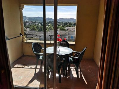 Photo for 1BR Apartment Vacation Rental in MALLEMORT