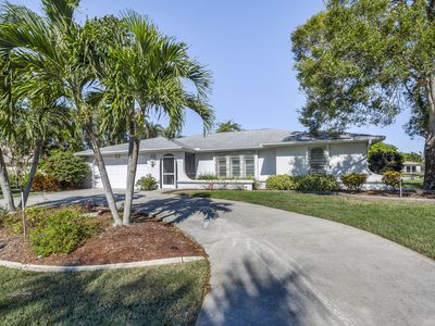 Photo for Beautiful waterfront home w/ gulf views - private pool & dock on the canal