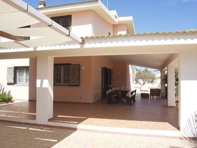 Photo for Independent house with garden, 200 m to the sea, quiet, WiFi, aircon, 9 people