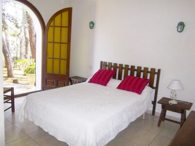 Photo for Villa ARC, Amazing House with large private garden and communal pool 6 PAX