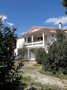 Photo for Detached villa facing south 20 m from the beach with garden and garage