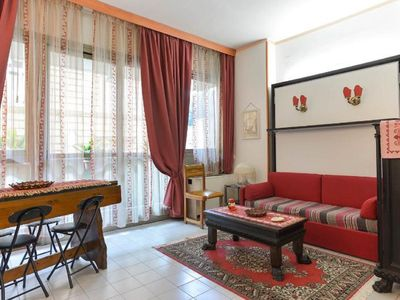 Photo for Holiday Home and Stay 100 meters from the Basilica of San Giovanni