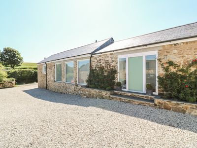 Photo for TREMOAN COTTAGE, pet friendly in St Mellion, Ref 955415