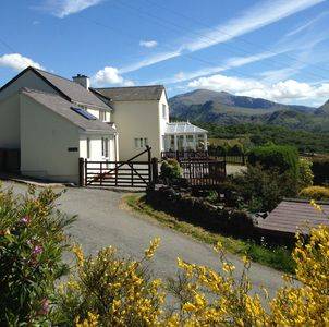 position of cottage with Snowdon in background