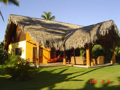 Private, quiet, 150 meters from the beach.