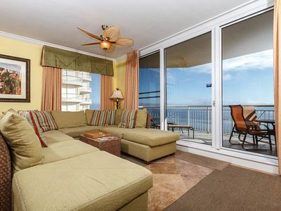 Photo for Bright, updated condo, gulf front views, Quick walk to dining